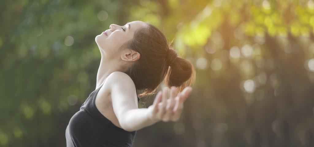 How to Breathe Correctly - YogaHub