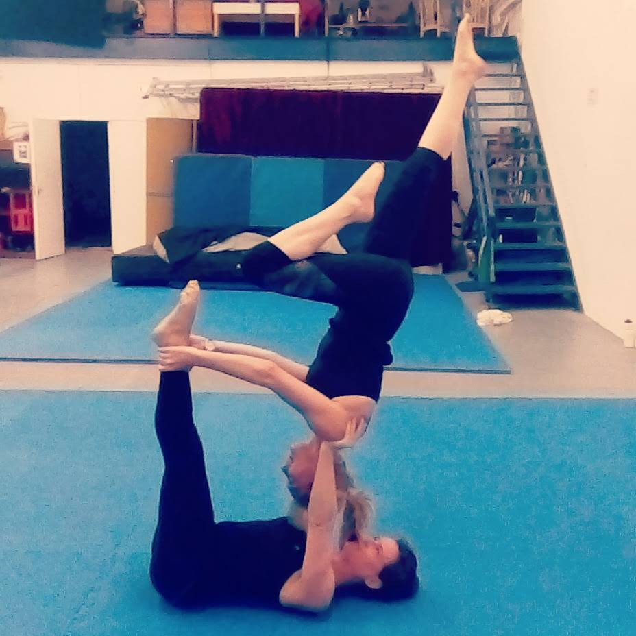 A Brief Intro to Acroyoga